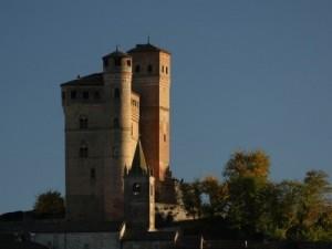 Piemonte - Castello Serralunga d'Alba