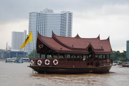 Bangkok via fiume (foto Anna Maria De Luca)