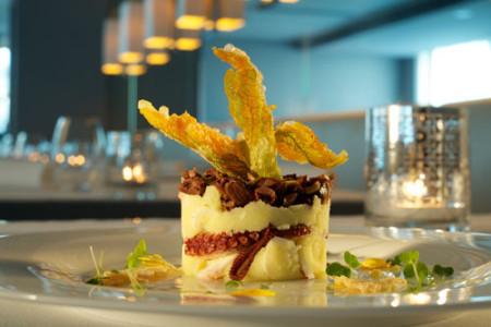 Hotel-Excelsior-di-pesaro-tortino-di-polipo-con-patate-e-fiori-di-zucca-dorati