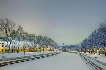 Turku (foto Anna Maria De Luca). La città finlandese che quest'anno condivide con Tallinn (Estonia) il ruolo di Capitale europea della cultura. Già capitale della Finlandia, fu soppiantata da Helsinki nel 1810, ma resta la città più antica del suo paese, essendo nata nel tredicesimo secolo