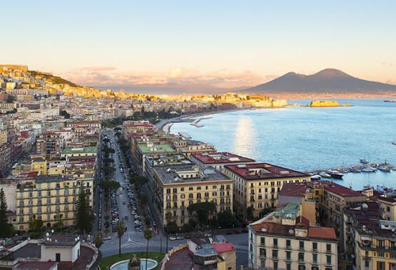 """Napoli con gli occhi de """"L'amica geniale"""""""