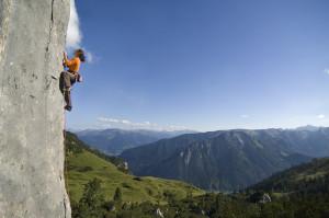 Climbing at the Kolbenjoch, Rofan.      ©Achensee Tourismus